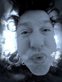 Jon Wood blowing bubbles under water